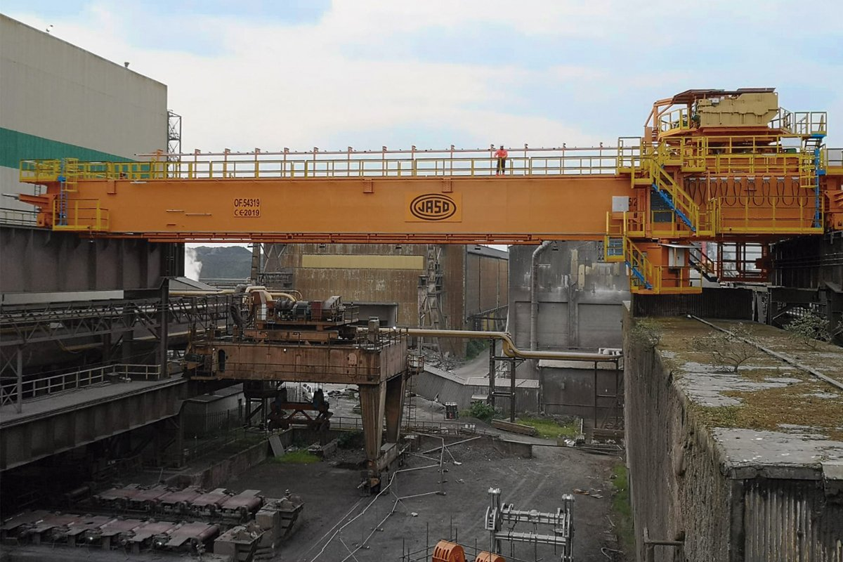 Cranes for steelworks