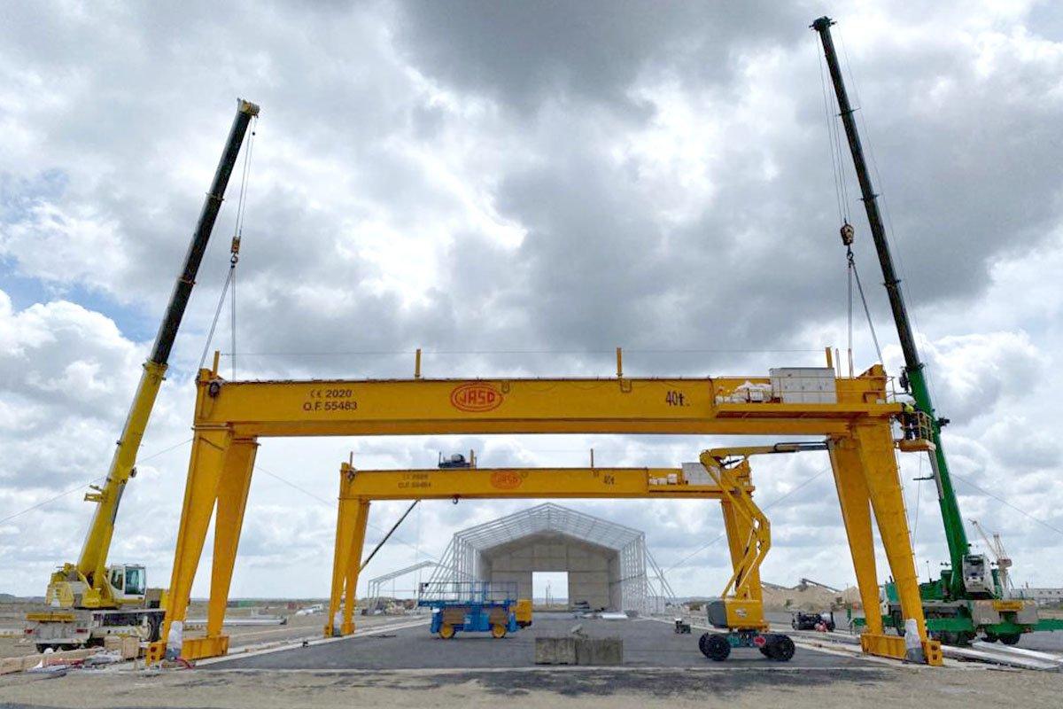 Double-girder crane